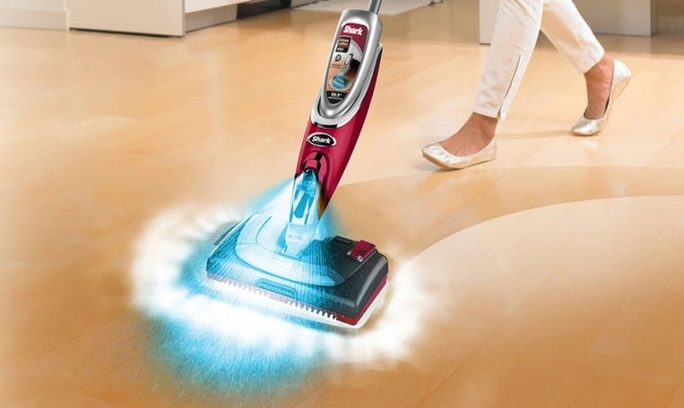 Shark Steam & Spray Pro Mop with Interchangeable Heads and Hard-Floor Cleanser