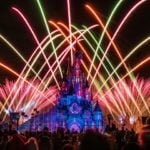 Win 3D/2N Disneyland Paris Holiday Tour for 2 Adult and 2 Children  –  #Competition (UK)